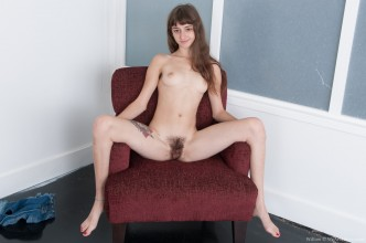 Willow-from-WeAreHairy.com